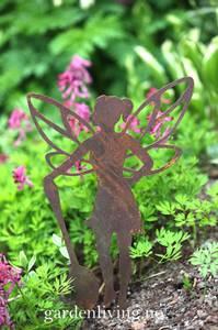 Bilde av Hagealv silhuett med skje, stick, rust - 23 cm